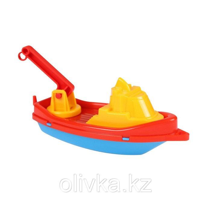 Кораблик пластмассовый