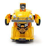 Робот «Автобот», трансформируется, световые и звуковые эффекты, работает от батареек, фото 3