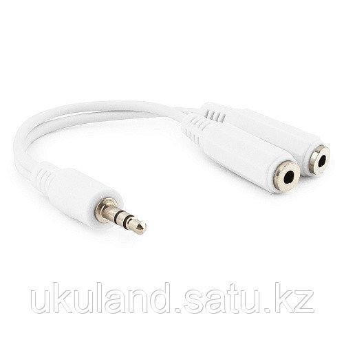 Кабель разветвитель аудио сигнала Cablexpert CCA-415W, джек3.5 папа->2х джек3.5 мама, 10см, белый