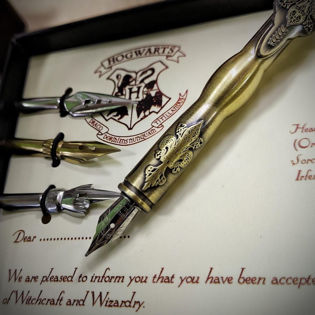 Набор с чернилами и пером Гарри Поттер