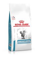 Сухой корм для кошек при пищевой аллергии или пищевой непереносимости Royal Canin Sensitivity Control с уткой