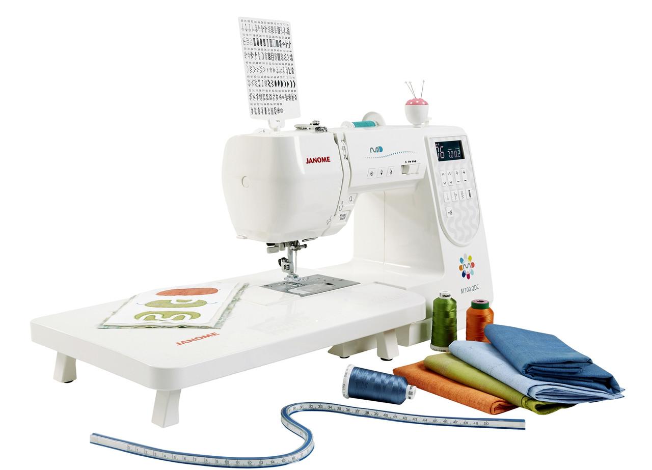 Компьютерная швейная машина Janome M100 QDC со столиком