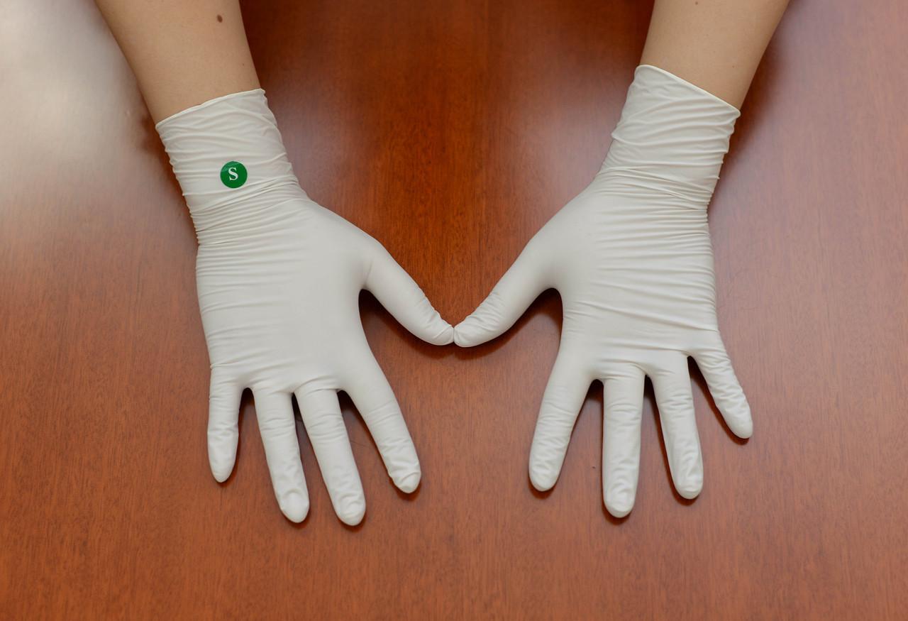 """Перчатки текстурированные латексные """"Panagloves"""" 50 пар размер M(7-8) - фото 7"""