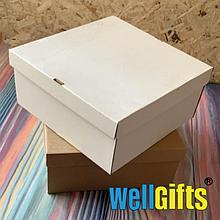 Подарочная картонная упаковка 20х20х10 см