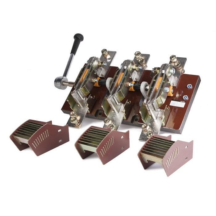 Рубильник Deluxe HD14-1500/31 (Рубильник, Deluxe, HD14-1500/31,  привод боковой (правый))