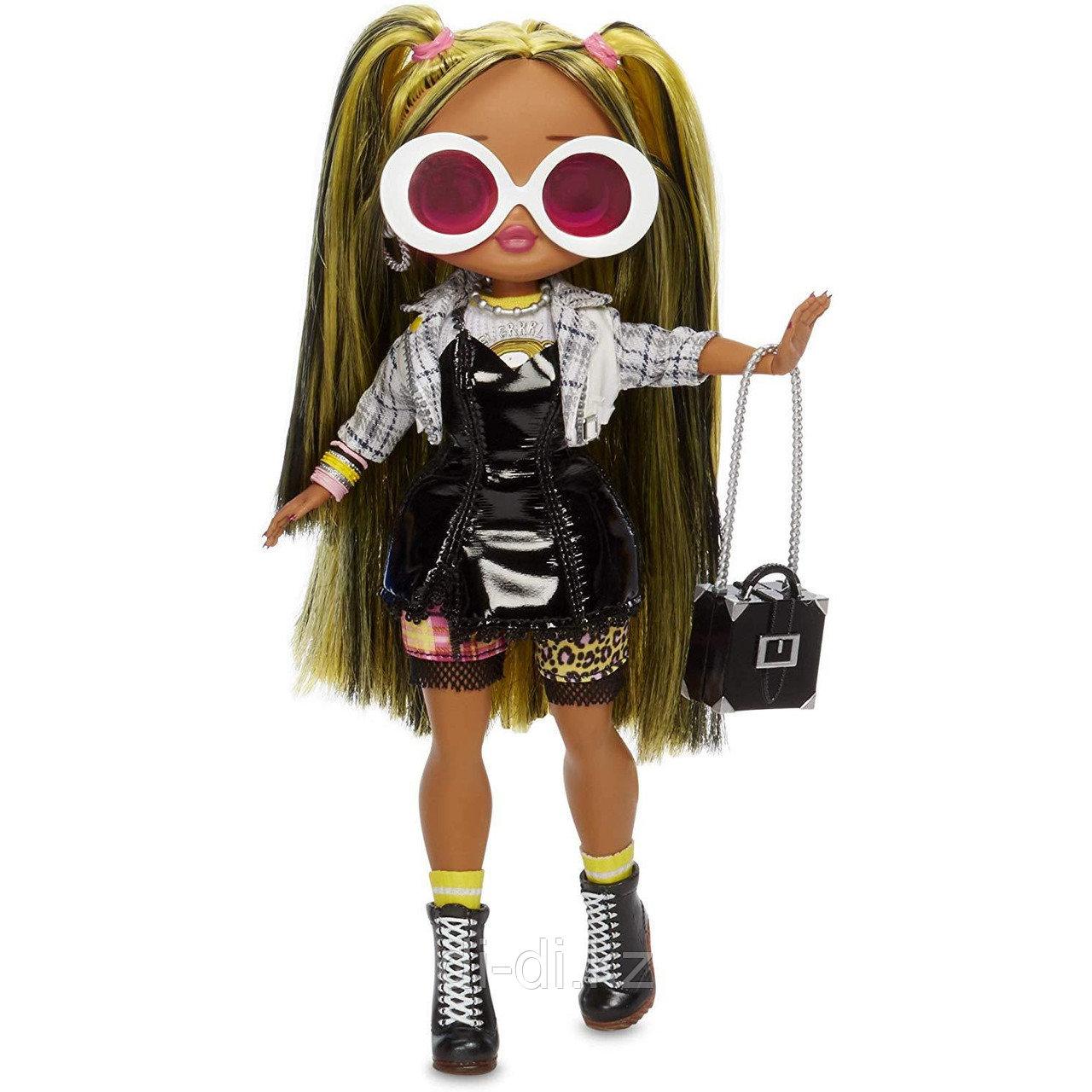 Игровой набор-сюрприз с куклой L.O.L. Surprise! O.M.G S2 Леди-Гранж с аксессуарами
