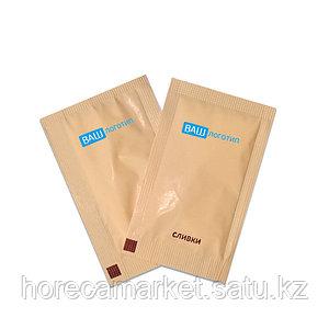 Cухие сливки в пакетике 5х8см с логотипом.