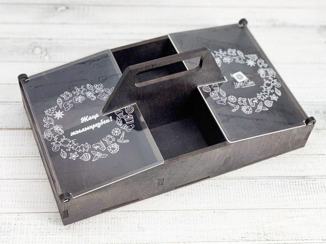 Декоративный ящик с акриловыми окошками. Размер: 30 см*17,5 см*6 см