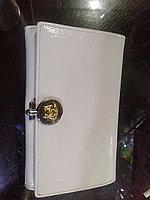 Женское портмоне белое