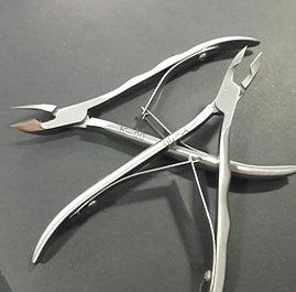 Инструменты для мастеров маникюра