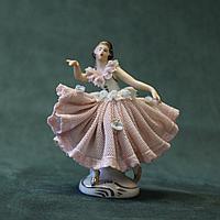 Балерина Фарфоровая мануфактура Аккерман и Фритц