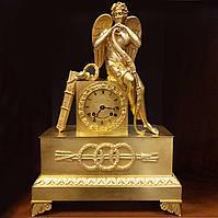 Каминные часы в стиле Ампир Франция. Начало XIX века