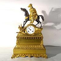 Каминные часы в стиле Карла X