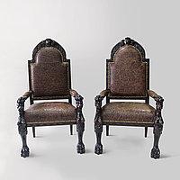 Парные кресла в дворцовом стиле