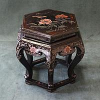 Подставка в классическом китайском стиле  Китай. Середина ХХ века