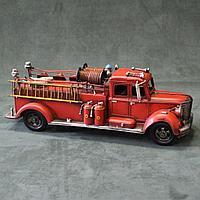 Пожарная машина. Коллекционная модель из металла.