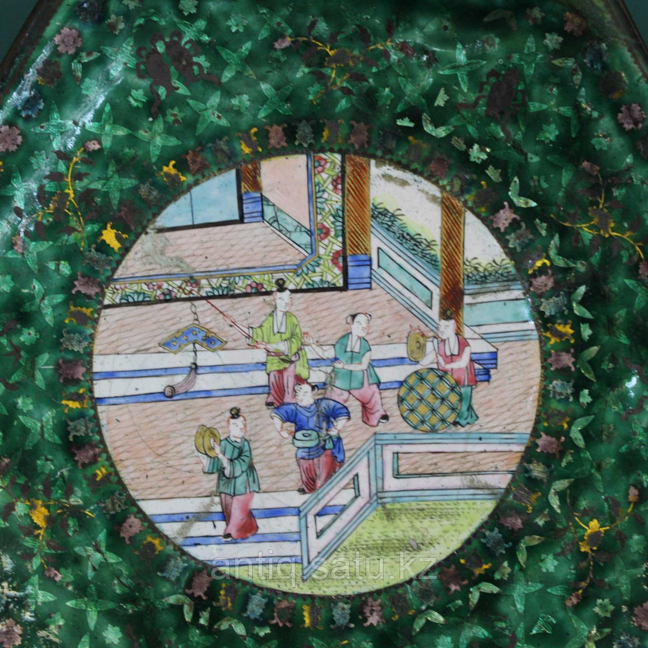 Старинная тарелка в технике пекинской эмали. Китай. ХIХ век. - фото 4