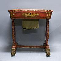 Столик для рукоделия