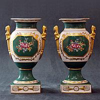 Парные вазы в дворцовом стиле. Фарфоровая мануфактура Old Paris