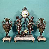 Часовой гарнитур в стиле Историзм Скульптор Auguste Moreau (1834-1917)