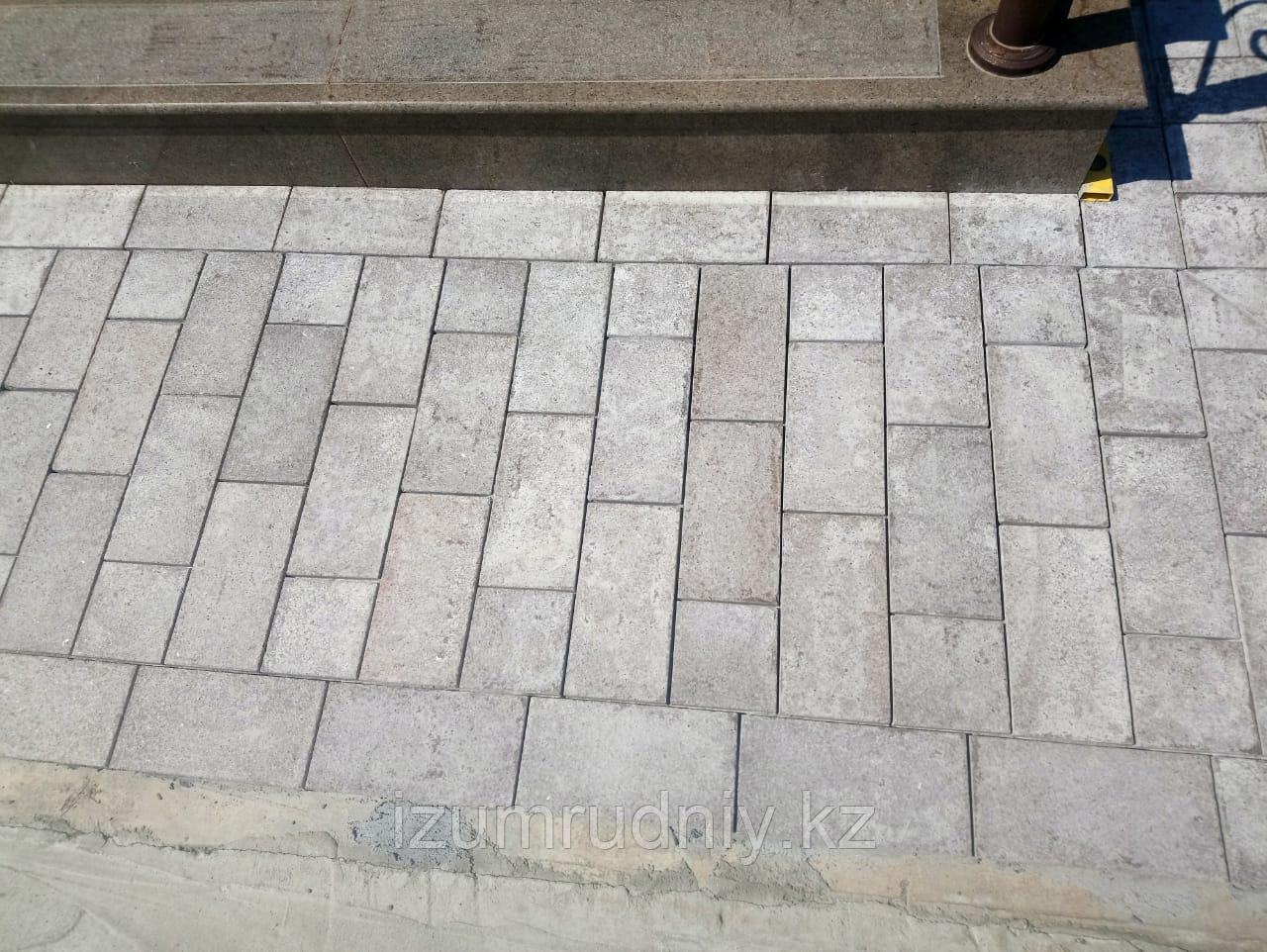 Гранитная тротуарная плитка 300*150*20