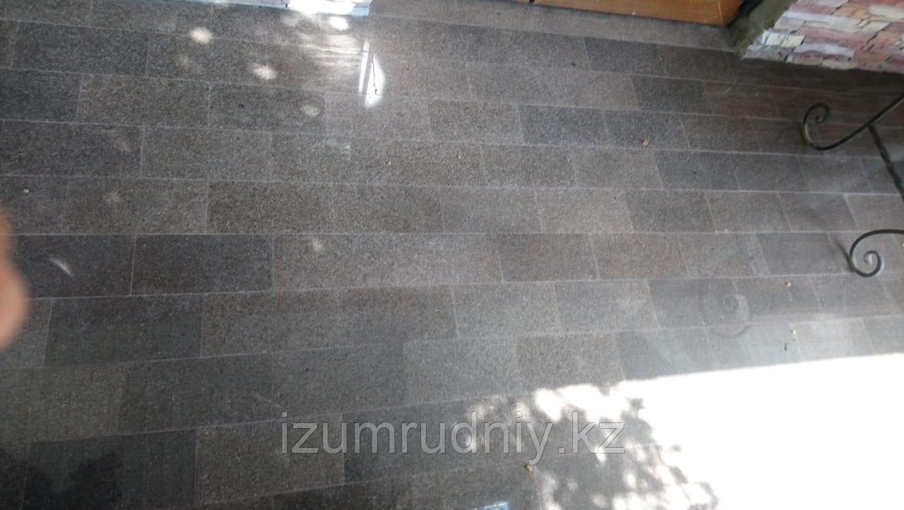 Гранитная тротуарная плитка 300*100*20