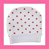 Трикотажные шапочки белый в горошек
