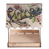 "Кормушка для птиц ""Птичка и птенцы"", с принтом, 24×24×27 см, фото 3"