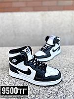 Кроссовки Jordan черно-белое