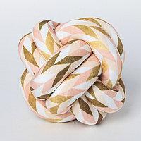 Подушка-узел «Геометрия», 19 × 19 см