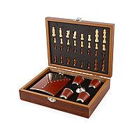 Подарочный набор «Деревянные шахматы с фляжкой и рюмками»