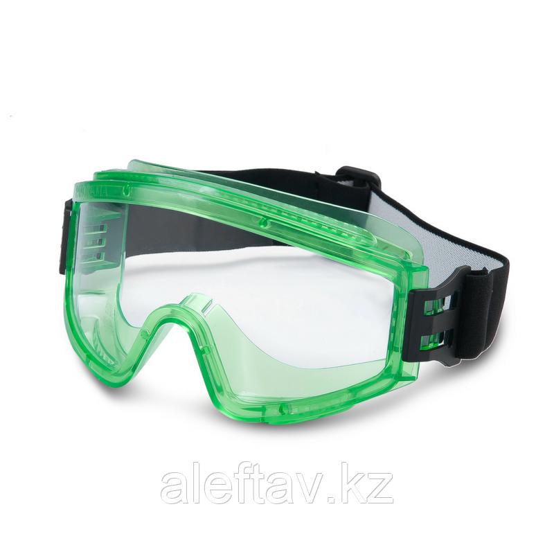 Очки защитные полной закрытой панорамой глаз, выполнены из качественного пластика Пр-во Россия