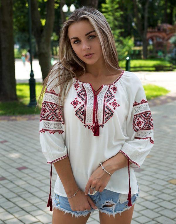 """Вышиванка женская Традиция"""" красная вышивка - фото 1"""