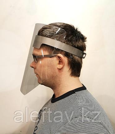 Лицевой щиток, выполнен из прозрачного пластмасса и оголовья с регулятором, фото 2