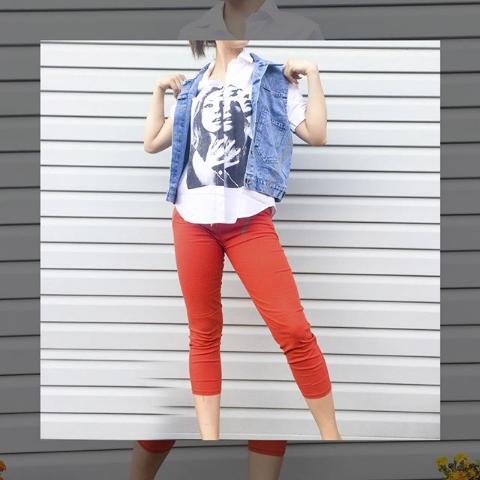Женские брюки укороченные красные