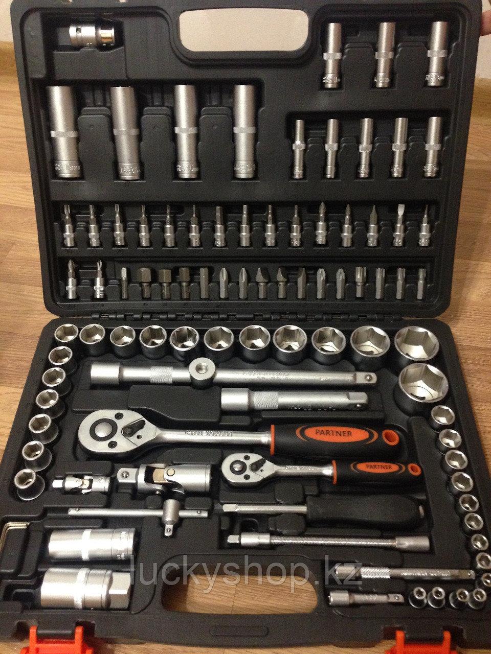 Инструмент  PARTNER Набор инструментов 61 предметов