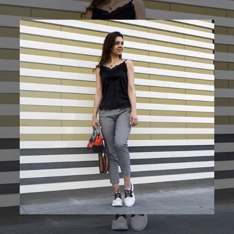 Женские брюки укороченные серые