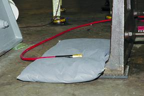 Подушки для сбора нефтепродуктов, технических разливов и химических веществ