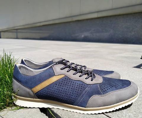 Кроссовки мужские синие 46-48 размер
