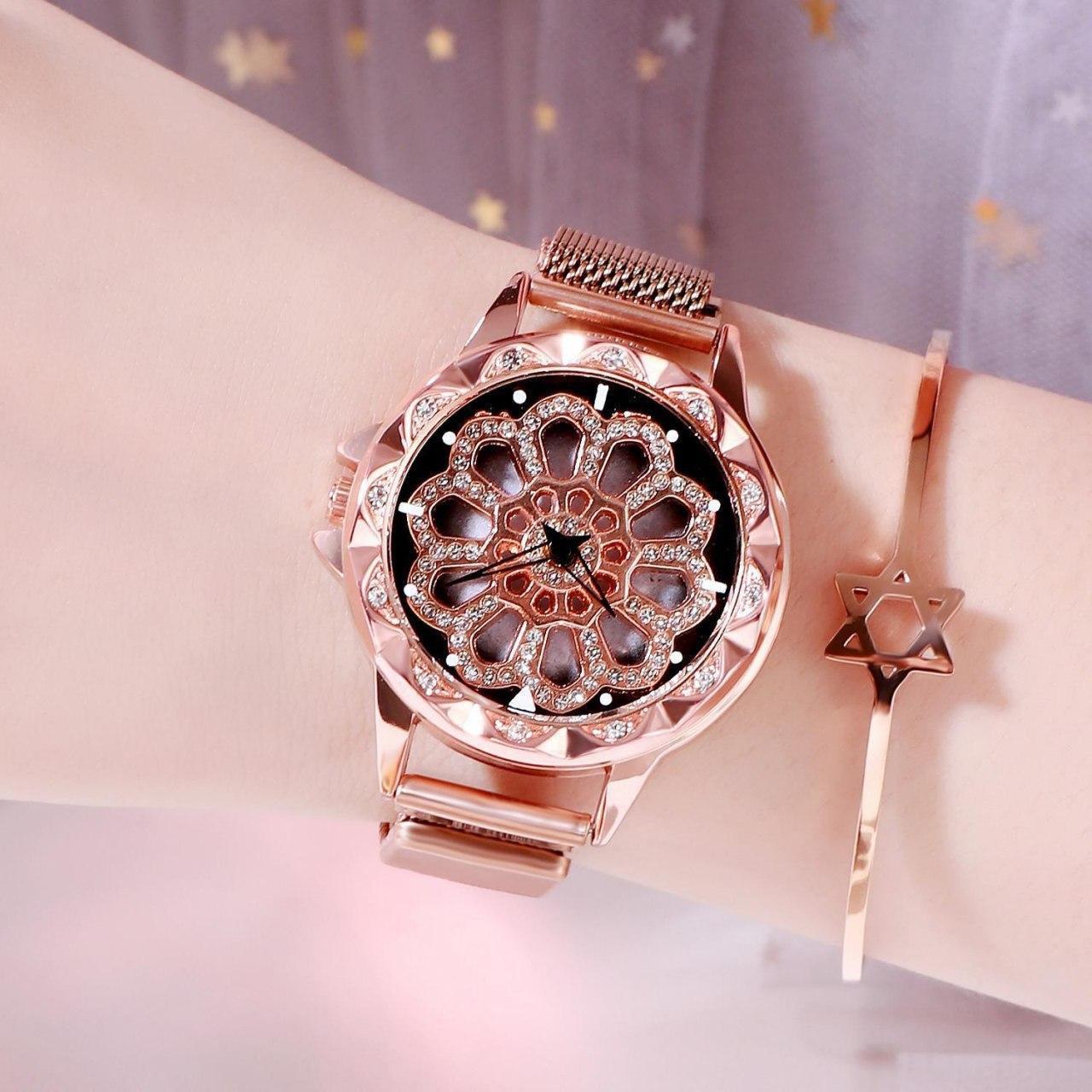 "Часы с крутящимся циферблатом ""Flower Diamond Rotation Watch"