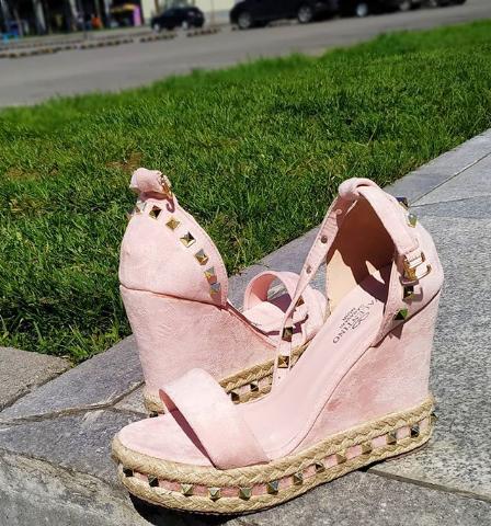 Женские босоножки на платформе замшевые розовые 36-40 размер