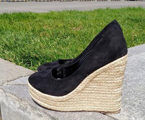 Женские туфли на платформе замшевые черные 36-40 размер