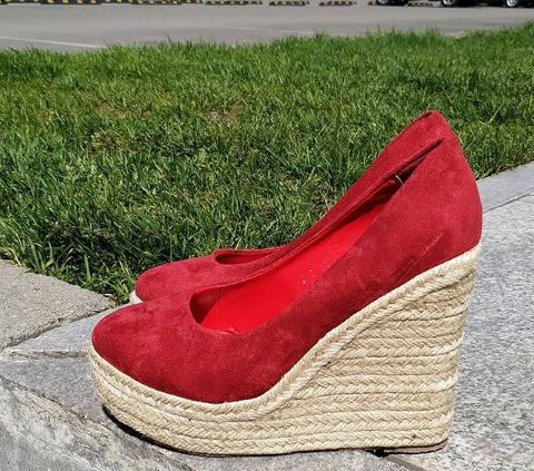 Женские туфли на платформе замшевые красные 36-40 размер