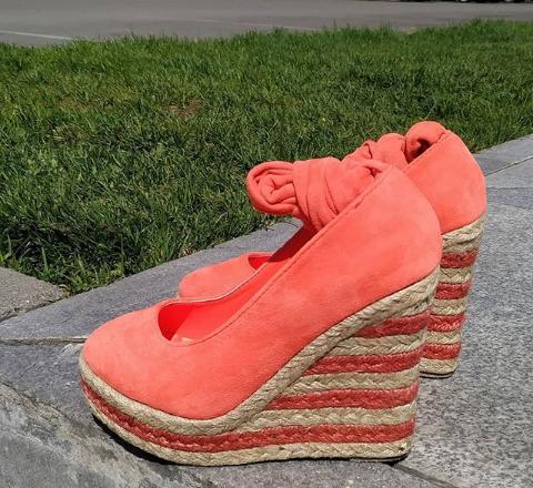 Женские туфли на платформе замшевые коралловые 36-40 размер