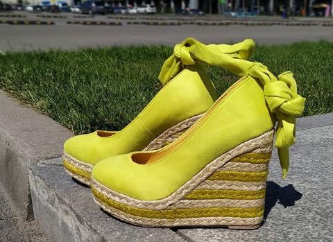 Женские туфли на платформе замшевые салатовые 36-40 размер
