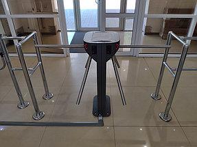 Установка системы контроля доступа и турникетов в торговый дом ZHERSU 2