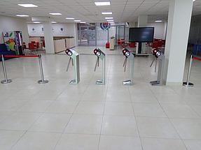 Установка системы контроля доступа и турникетов в МАБ (Международная Академия Бизнеса) 4
