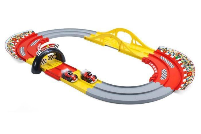 Игровой набор Гоночная трасса Chicco Ferrari Multiplay Race Track 2г+