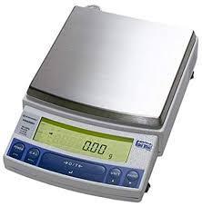 Весы лабораторные профессиональные UW-4200H (НПВ 4200г, d=0,01г; встроенная калибровка; платформа 170х180 мм)