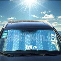 Солнцезащитная шторка для автомобиля плотная на стекло на присосках 128*70 см